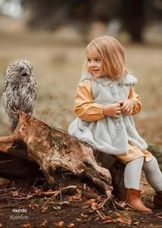Solve Children and their jigsaw puzzle online with 12 pieces Precious Children, Beautiful Children, Beautiful Babies, Beautiful Birds, Animals For Kids, Animals And Pets, Baby Animals, Cute Animals, Animal Pictures