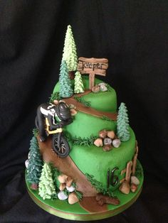 wedding cake with mountain trail Bicycle Cake, Bike Cakes, Mountain Bike Cake, Cake Cookies, Cupcake Cakes, Jeep Cake, 21st Cake, Sport Cakes, Adult Birthday Cakes