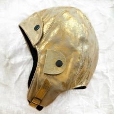 gold pilot cap