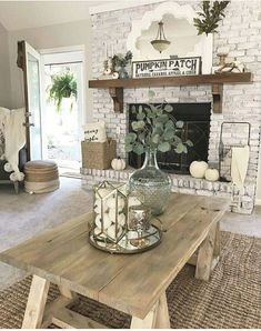 Here is an article related with fireplace. Cottage Living Rooms, My Living Room, Apartment Living, Cozy Apartment, Rustic Living Rooms, Simple Living Room Decor, Cozy Living, Cool Living Room Ideas, Decorating Ideas For The Home Living Room