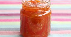 Receta paso a paso de la mermelada de tomate.  Una fantástica mermelada que además de estar buenísima en tostadas combina muy bien con quesos y embutidos. Smoothie Recipes, Smoothies, Flan, Hot Sauce Bottles, Cooking Time, Jelly, Bbq, Food And Drink, Canning