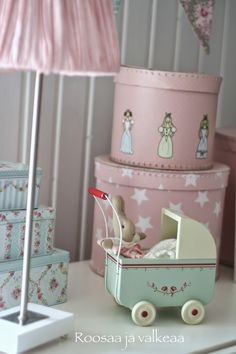 Bedroom Girls Toddler Mice Ideas For 2019 Bedroom Art, Girls Bedroom, Bedroom Curtains With Blinds, Pink Themes, Small Furniture, Bedroom Vintage, Little Girl Rooms, Trendy Bedroom, Kid Spaces