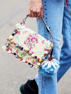 Diese hübschen Bag-waren sind die perfekten Frühlings-Boten!