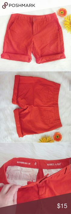 """GAP Boyfriend Roll Up Shorts 0 Tomato red. Excellent condition! No signs of wear! 100% cotton. Waist laid flat 15"""". Rise 8.5 inches. Inseam 9 inches.  Bundle for best deals! Hundreds of items available for discounted bundles! You can get lots of items for a low price and one shipping fee!  Follow on IG: @the.junk.drawer Shorts"""
