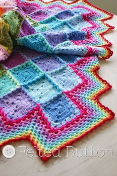 Happy Harlequin Blanket Free Crochet Pattern by Susan Carlson of Felted Button ✿⊱╮Teresa Restegui http://www.pinterest.com/teretegui/✿⊱╮