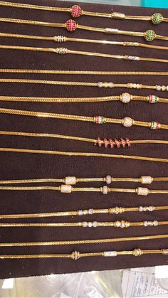 black beads or nallapusalu Gold Chain Design, Gold Bangles Design, Gold Earrings Designs, Gold Jewellery Design, Necklace Designs, Real Gold Jewelry, Gold Jewelry Simple, Gold Mangalsutra Designs, Gold Necklace Simple