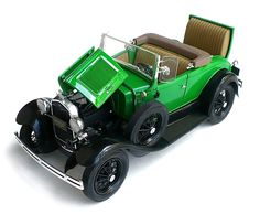 Minicraft's 1/16 scale 1931 Ford Model A Delux Roadster.