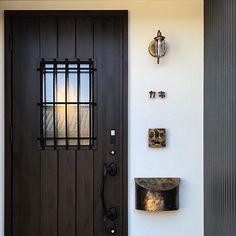 Glass & Stream 人感センサー Entrance, Door Handles, Lights, Glass, Home Decor, Door Knobs, Entryway, Decoration Home, Drinkware