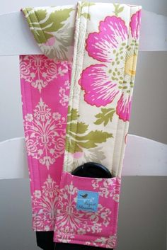 I need to make this for my camera - love the lens pocket - amy butler fabrics, too