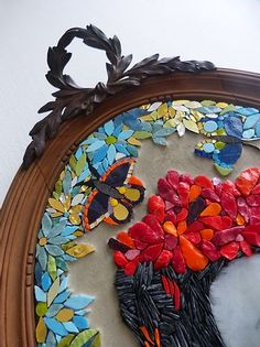 Atelier Mosaique | 59100 Roubaix | Mosaïc and co , Sandrine Daubrege Murs Roses, Roubaix, Mosaic Art, 4th Of July Wreath, Projects To Try, Creations, Wreaths, Frame, Decor