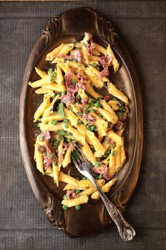 Garganelli with Peas and Prosciutto