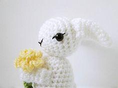 Bunny Amigurumi Pattern (MysteriousCats) Tags: rabbit bunny easter pattern crochet amigurumi coelho daffodils croche ganchillo crochetpattern amigurumipattern mysteriouscats mysteriouscatscom