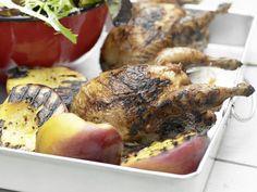 Tamarinden-Wachteln - mit Pfirsichen und Blattsalat - smarter - Kalorien: 398…