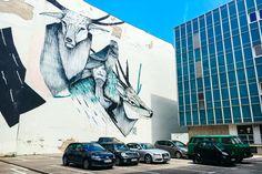 Gave mural van Twoone in Berlijn-Mitte