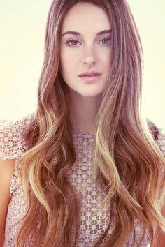 Shailene Woodley is playing Tris from Divergent AND NOW Hazel Grace Lancaster in The Fault in Our Stars -.- not too happy...she better surprise me! Pleasantly! SHE BETTER BE GOOD