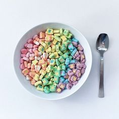 Lucky charms are the best Lucky Charms Marshmallows Only, Junk Food, Aesthetic Food, Rainbow Aesthetic, Aesthetic Grunge, Food Cravings, Bunt, Food Art, Sweet Tooth