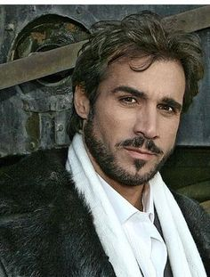 Adrian Paul, a past obsession.