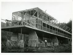 Kocher designed the Studies Building and other campus structures so that they could be built by faculty and students. These projects made use of new construction methods and materials without sacrificing modernist simplicity.  BLACK MOUNTAIN COLLEGE, North Carolina