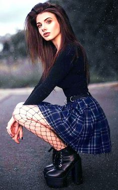 Punk Outfits, Hot Outfits, Girl Outfits, Dress Outfits, Hot Goth Girls, Gothic Girls, Emo Girls, Dark Fashion, Gothic Fashion