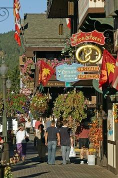 Leavenworth, a fabulous Bavarian town on the east side of Stevens Pass, Washington, really turns up the Bavarian theme with its yearly Oktoberfest.