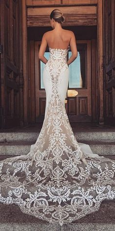 Mermaid Wedding Dresses top wedding dresses sexy mermaid lace low back enzoani - Today, we offer top wedding dresses for your inspiration. Discover an exciting selection of the most popular bridal gowns. Western Wedding Dresses, Top Wedding Dresses, Bridal Dresses, Wedding Gowns, Lace Wedding, Wedding Shoes, Wedding Venues, Rustic Wedding, Wedding Reception