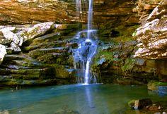 Magnolia Falls, Buffalo River. :)