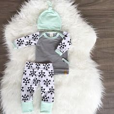 Handmade in La Center, Washington, @Londinlux is your one stop shop for stylish baby coming home outfits, hats and swaddle blankets! Enjoy free shipping in the US with coupon code: BABYFREESHIP!  Etsy Shop: Londinlux  #Londinlux #Newborn #Baby #Clothes #A