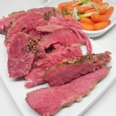 This is a great tasting, tender corned beef that you simmer in seasonings then glaze and finish in the broiler. Great tasting and a nice alternative to the traditional boiled corned beef. So easy and only a few ingredients. Corned Beef Brisket, Beef Brisket Recipes, Pork Roast, Pressure Cooker Corned Beef, Using A Pressure Cooker, Beef In Guinness, Brisket Seasoning, Instant Pot