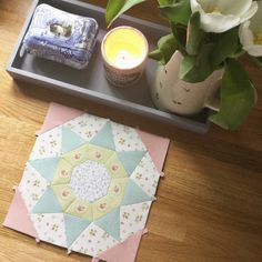 A Little Happy Place: English Paper Piecing ~ Queens Walk Quilt