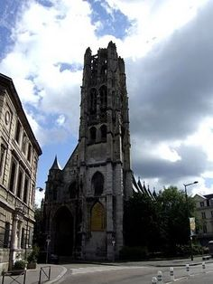 Rouen travel-and-places