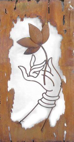 Mano de Buda - Laser Cut arte de la comparación exterior (http://earthhomewares.com.au/outdoor-laser-cut-wall-art-buddhas-hand.html)