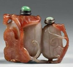Twin Carved snuff bottle - China: