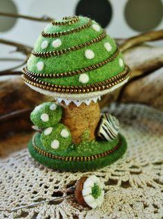zipper mushroom pincushion by woollyfabulous.