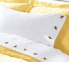 Bee Sheets perfect summer bedding