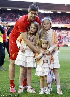 Steven Gerrard with his 2 daughters. 16/05/2015 - last game for LFC at Anfield