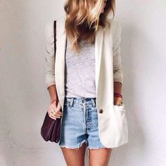 Comfy casual outfit polished up by white blazer Fashion Moda, Cute Fashion, Look Fashion, Womens Fashion, Paris Fashion, Fashion Photo, Street Fashion, Fashion Outfits, Only Blazer