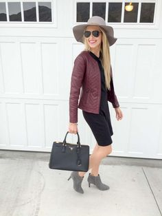 I have a discount code for this cute burgundy jacket! #fallfashion
