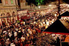 """Começa hoje e vai até 1º de setembro a famosa """"Festa da Achiropita"""" no bairro do Bixiga. Confira a programação completa em nosso blog. www.marolacomcarambola.com.br/festa-da-achiropita/"""