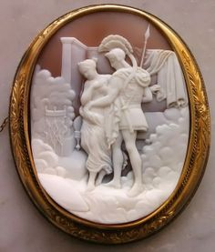 Antique Carved Sardonyx Shell Cameo Depicting Venus & Mars, Mounted In 9k Gold - Italy   c.1850-1860 (Cameo)  Frame Could Be English  -  In The Swan's Shadow