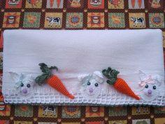 Pano de prato coelhinho de pascoa by ♥  ana menina  ♥, via Flickr