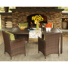Handy Living Aldrich Brown Indoor/Outdoor 5 Piece Rectangle Dining Set with Sunbrella Cilantro Cushions (Cilantro), Size 5-Piece Sets, Patio Furniture (Aluminum)