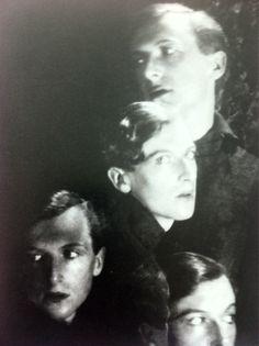 BEATON self-PORTRAIT, Circa 1927………..No.1