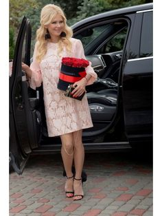 2327, Vesnaletto Lady Dior, Tops, Fashion, Moda, Fashion Styles, Fashion Illustrations