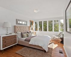 Need some new bedroom ideas in your life? We are absolutely obsessed with this bedroom design.