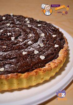 Crostata al Panettone con Cioccolato, Panna e Nutella, ricetta dolce