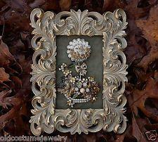 VINTAGE RHINESTONE FRAMED JEWELRY ART~HOLIDAY FLOWER PLANTER~ellen original