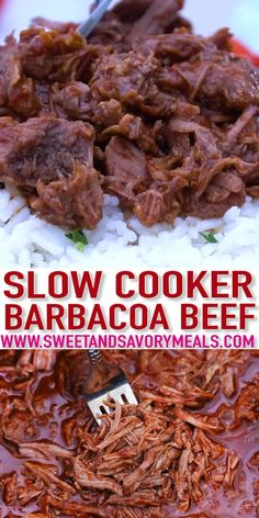 Slow Cooker Barbacoa Beef is a versatile dish you can incorporate in a lot of other Mexican favorites! This Chipotle Copycat Recipe makes a tender and juicy dish for everyone to enjoy! Barbacoa Slow Cooker Barbacoa Beef - Sweet and Savory Meals Crokpot Recipes, Healthy Crockpot Recipes, Gourmet Recipes, Cooking Recipes, Crockpot Flank Steak Recipes, Crockpot Shredded Beef, Crockpot Pepper Steak, Shredded Beef Recipes, Mexican Shredded Beef
