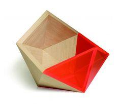 http://www.flodeau.com/2014/03/didier-versavel-precious-bowl/#.U1YsKPldV-c