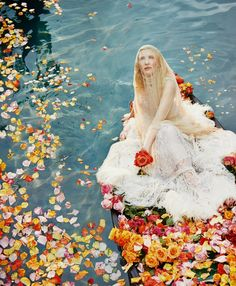 The Lady of Shalott [Porter #6 Winter Escape 2014 - Cate Blanchett by Ryan McGinley]