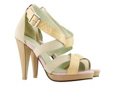 I am so into summer....love this pair of shoes!